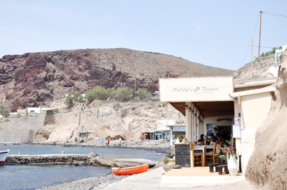 Santorini Red Beach Akrotiri Melinda's Tavern