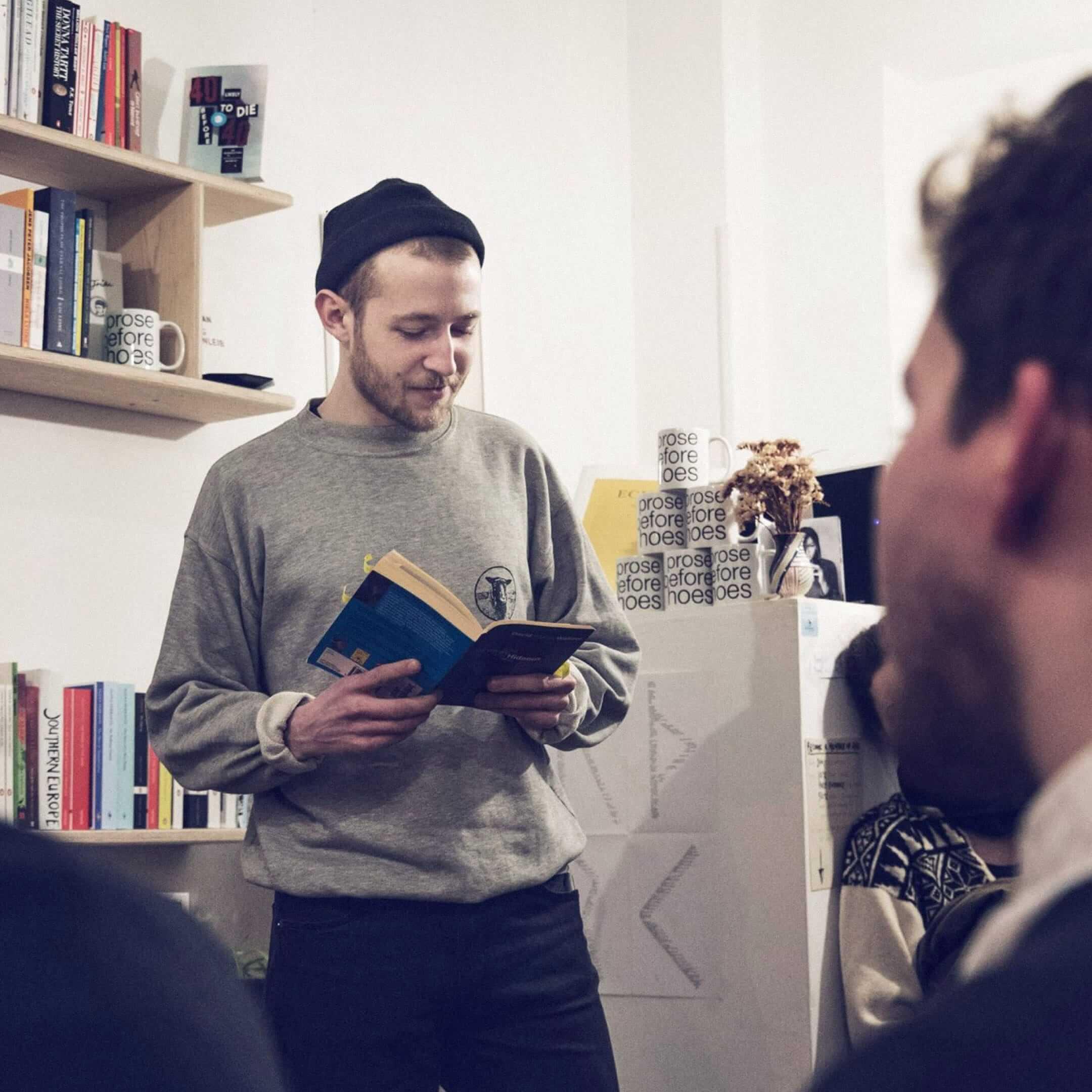 Презентация одной изновинок вкнижном магазине Ark Books, Дания, Копенгаген. Фото: Kristin Kristiansen. Источник: инстаграм-страница магазина