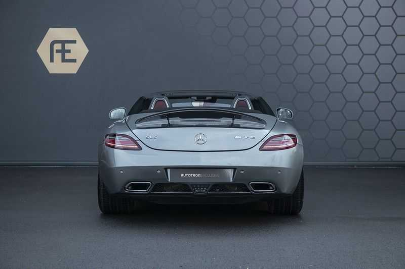 Mercedes-Benz SLS Roadster 6.3 AMG Carbon Pack + MIDDLE GRAY HIMALAYAS + Full Carbon Motor afdekking afbeelding 8