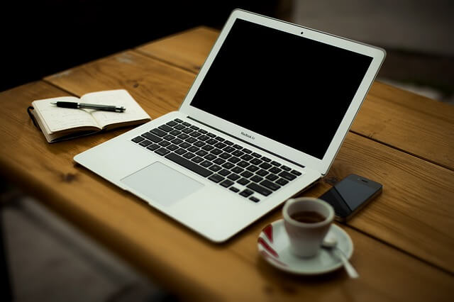 Blogging online is very easy online business idea with high profits