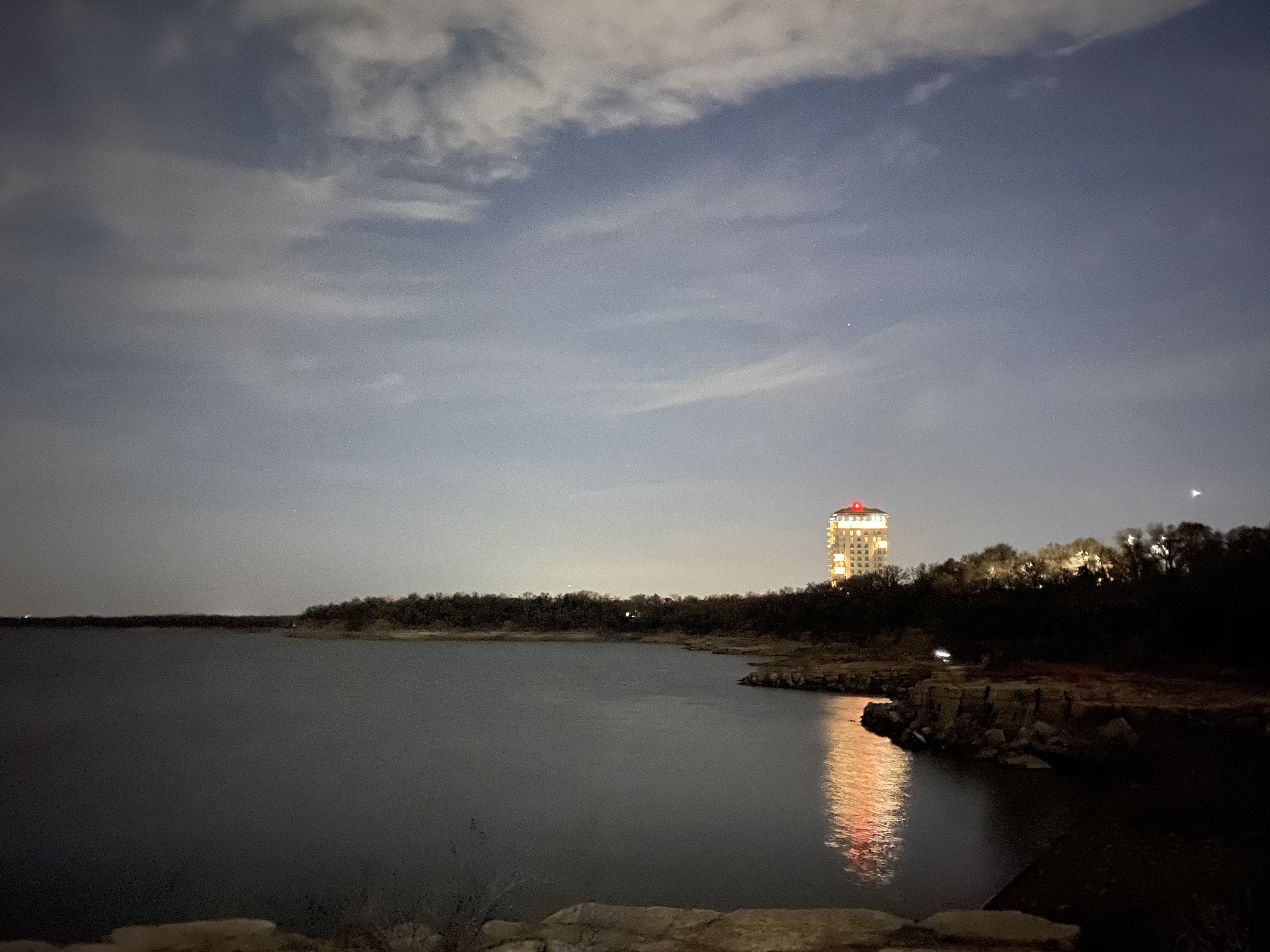 Lake Grapevine in the winter at night