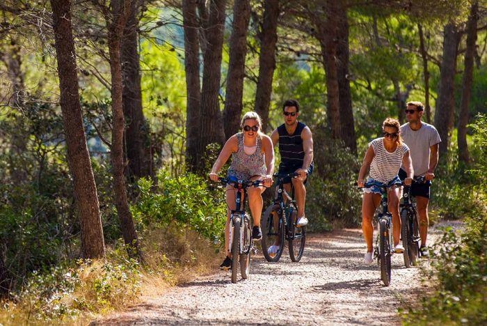 Bicycle Hire Saronics