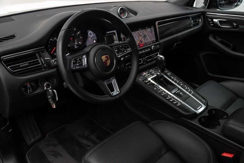 "Porsche Macan 3.0 S 354pk PDK Black Design Nieuw Model Luchtvering Panoramadak SportChrono ACC Sportleder+Memory Keyless Full-Led Navi/High Privatglass AppleCarplay 21""Turbo Pdc afbeelding 18"
