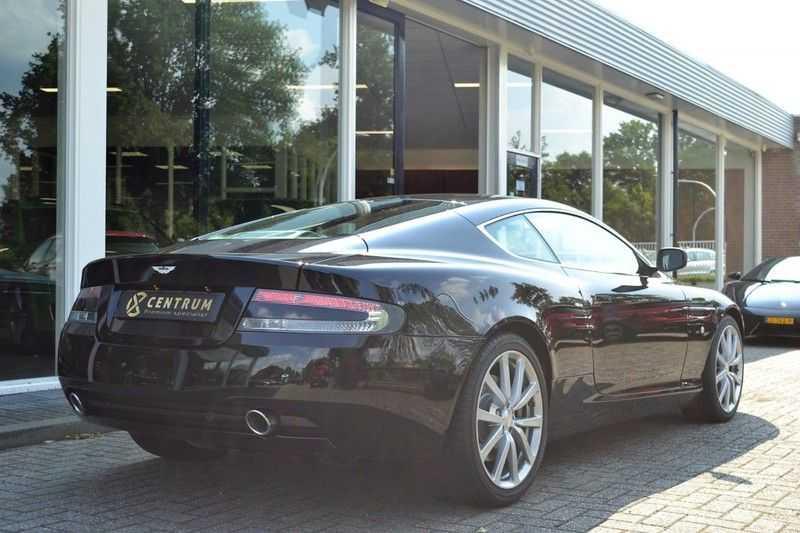 Aston Martin DB9 5.9 V12 afbeelding 8