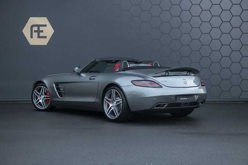 Mercedes-Benz SLS Roadster 6.3 AMG Carbon Pack + MIDDLE GRAY HIMALAYAS + Full Carbon Motor afdekking afbeelding 9
