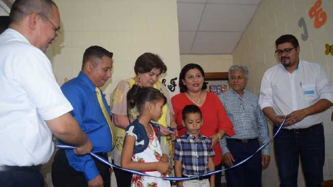 image from ISNA inaugura sede del CANAF en San Vicente