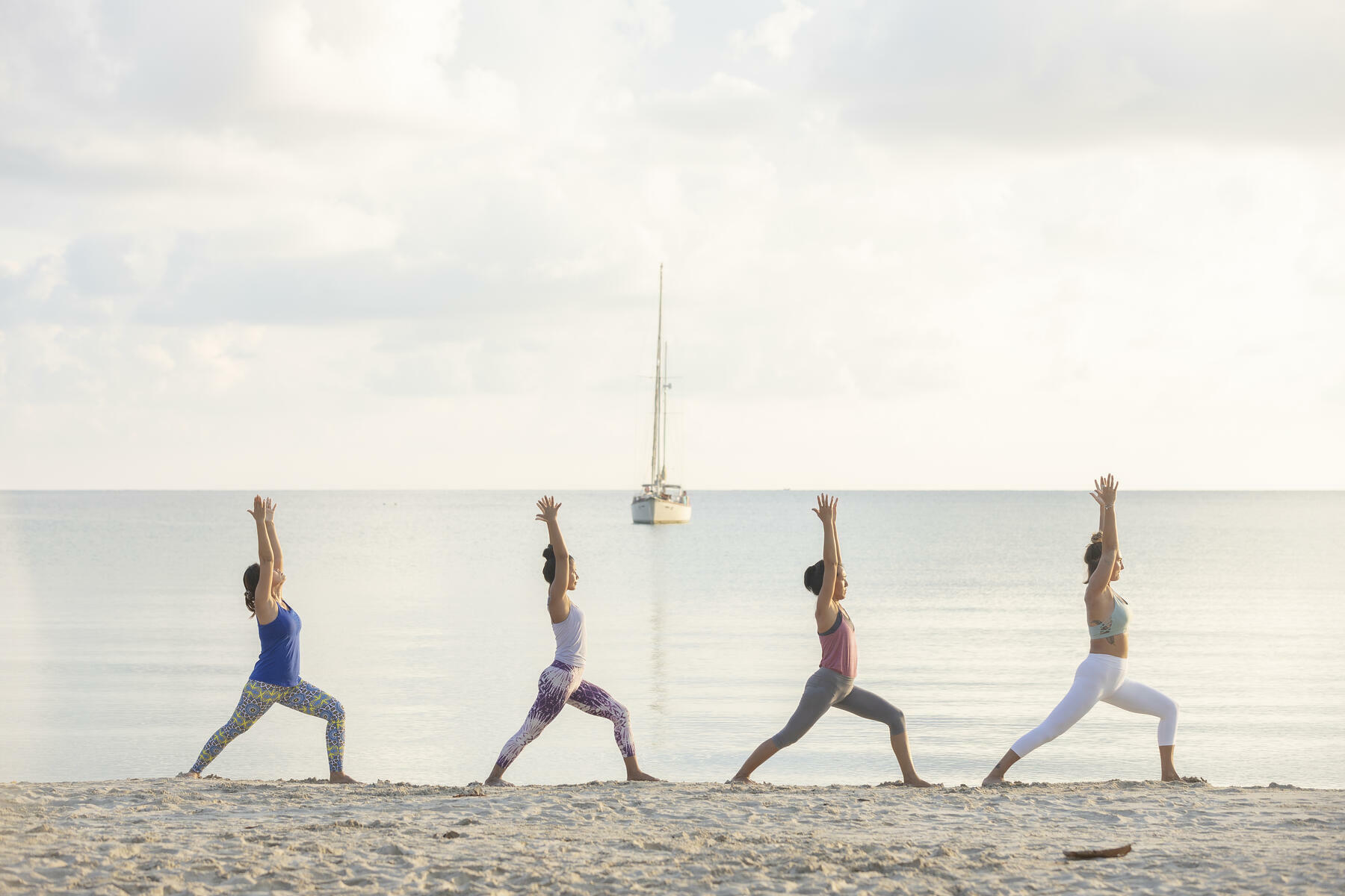 gallery/sailing-and-yoga-08.jpg