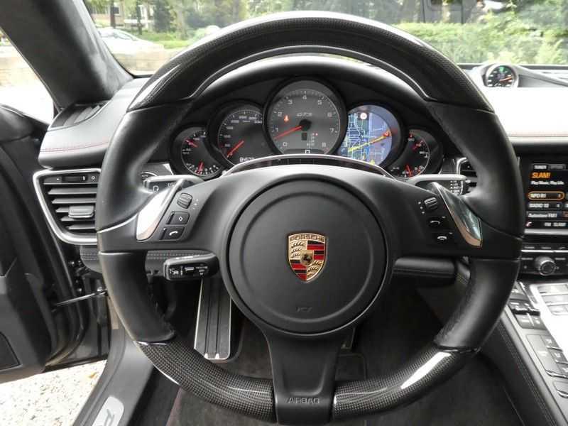 Porsche Panamera 4.8 GTS afbeelding 21