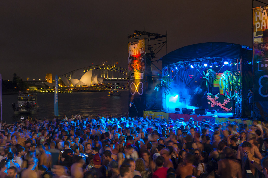 Party by the harbour (credit: Destination NSW)