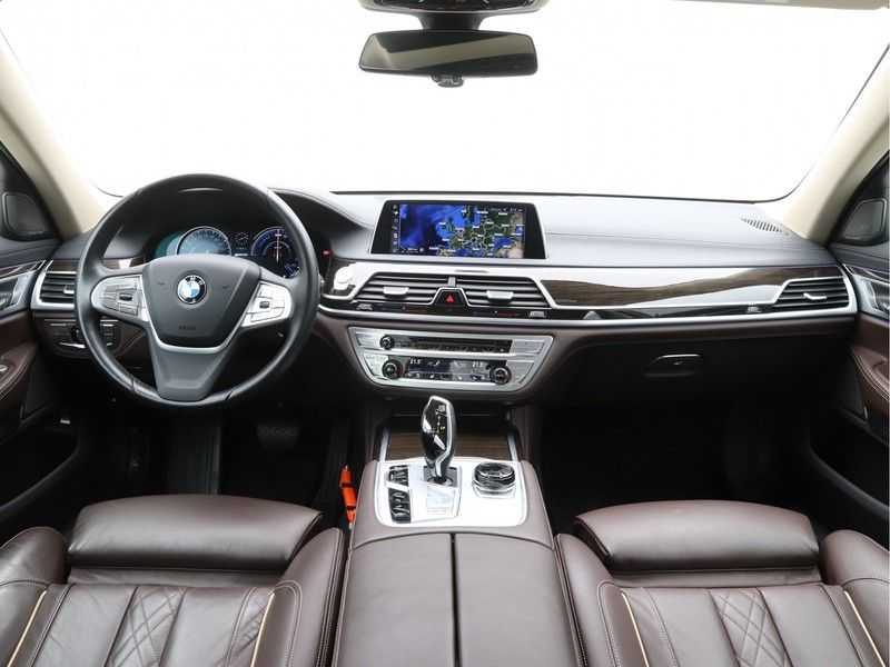 BMW 7 Serie 740Le iPerformance High Executive afbeelding 7