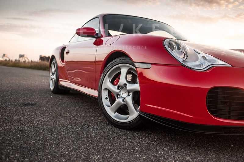 Porsche 911 3.6 Coupé Turbo // Eerste eigenaar // Originele lak afbeelding 5