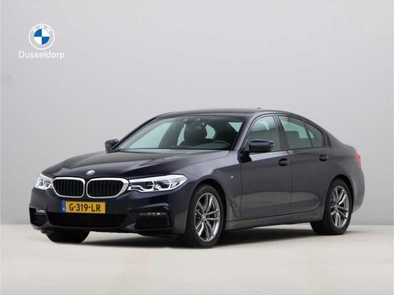 BMW 5 Serie 520i High Executive M-Sport afbeelding 1