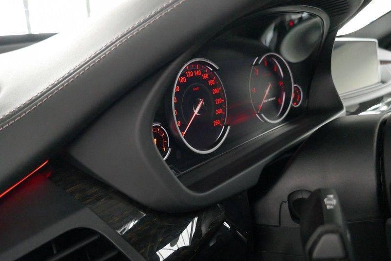 BMW X5 M50d B&O - Panoramadak afbeelding 18