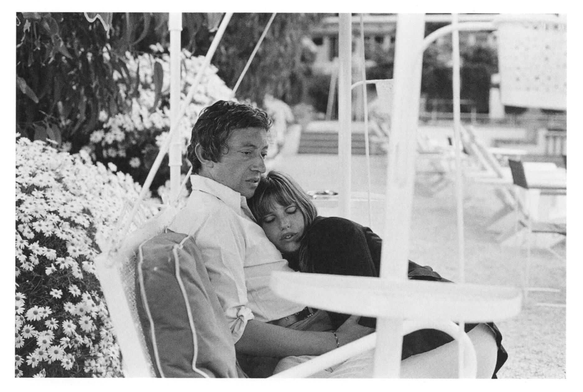 Серж Генсбур и Джейн Биркин в 1969 году. Фото: Andrew Birkin