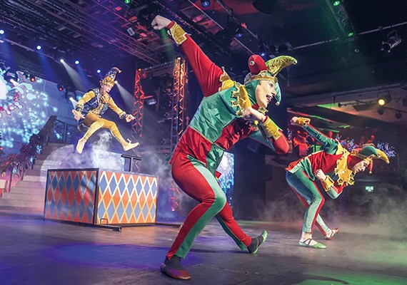 Christmas Spectacular at Potters Resort