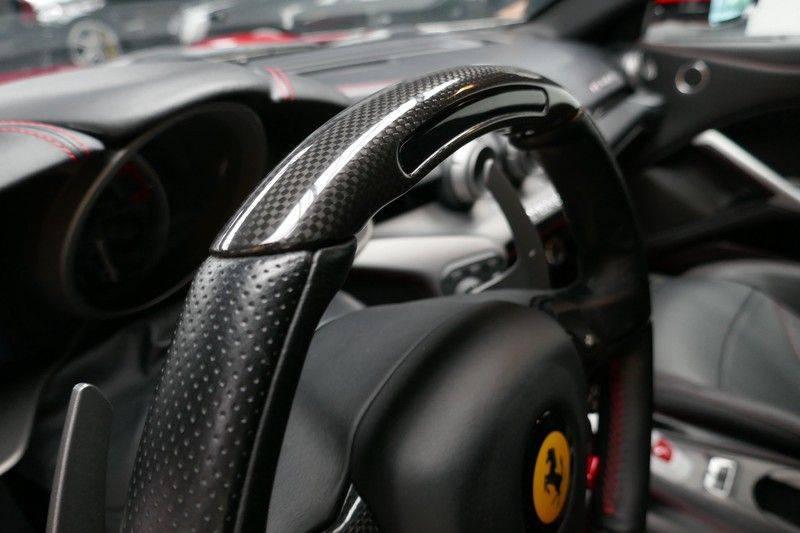 Ferrari F12 6.3 Berlinetta HELE - Keramisch - Navi - Carbon afbeelding 21