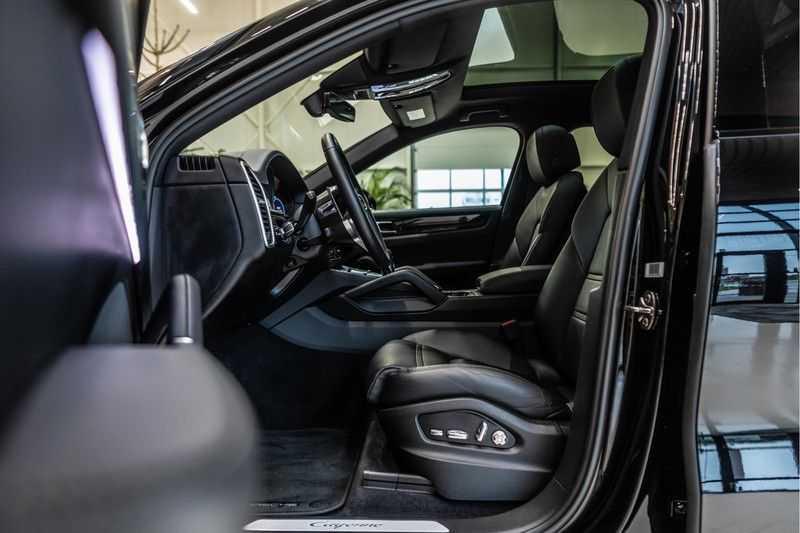 Porsche Cayenne Coupé 3.0 | BOSE | Adaptieve luchtvering | Led-Matrix | Licht Design pakket afbeelding 9