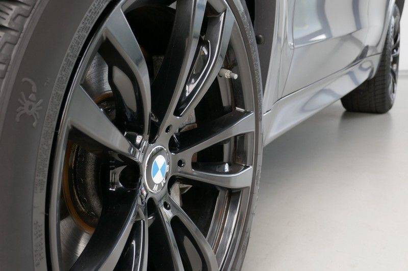 BMW X5 M50d B&O - Panoramadak afbeelding 15