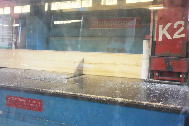 macchina di taglio legno a controllo numerico Hundegger