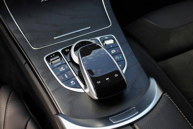 Mercedes-Benz C-Klasse C63 AMG 4.0 V8 Estate 476pk! **360°Camera/Burmester/Spoorassistent** afbeelding 19