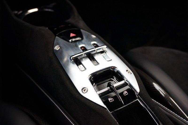 Ferrari SF90 Stradale 4.0 V8 HELE *Lift *Full carbon afbeelding 15