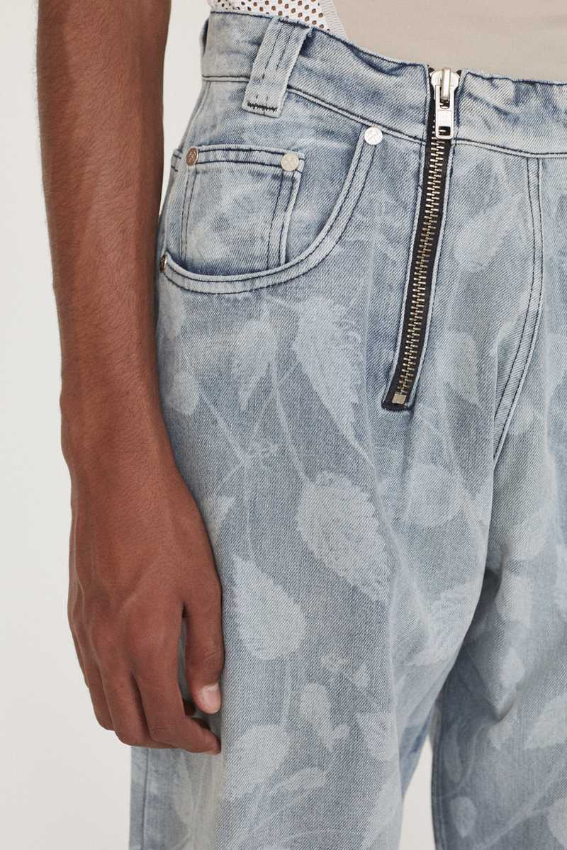 CYRUS GMBH AW19 JEANS LIGHT BLUE DETAIL