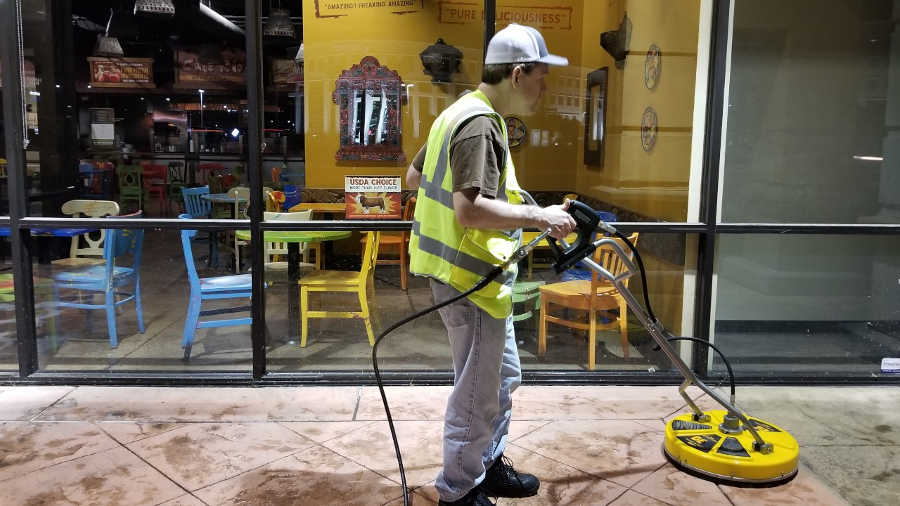 pressure-washing-cafe-rio-storefront-and-siding--cleaning-11