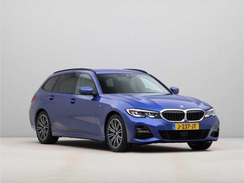BMW 3 Serie Touring 320i High Executive M Sport 18inch afbeelding 2