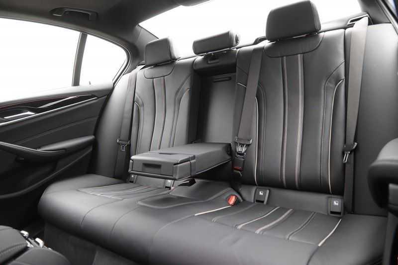 BMW 5 Serie 520i High Exe Luxury Line afbeelding 12