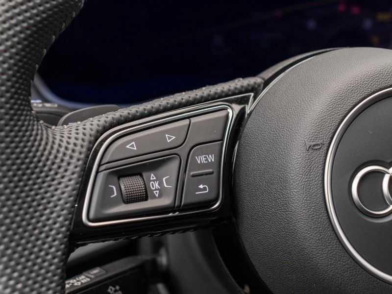 Audi A4 Avant 45 TFSI quattro S edition | 2x S-Line | Panoramadak | B&O Premium Audio | Head-Up Display | Trekhaak | Optiek Zwart | afbeelding 24