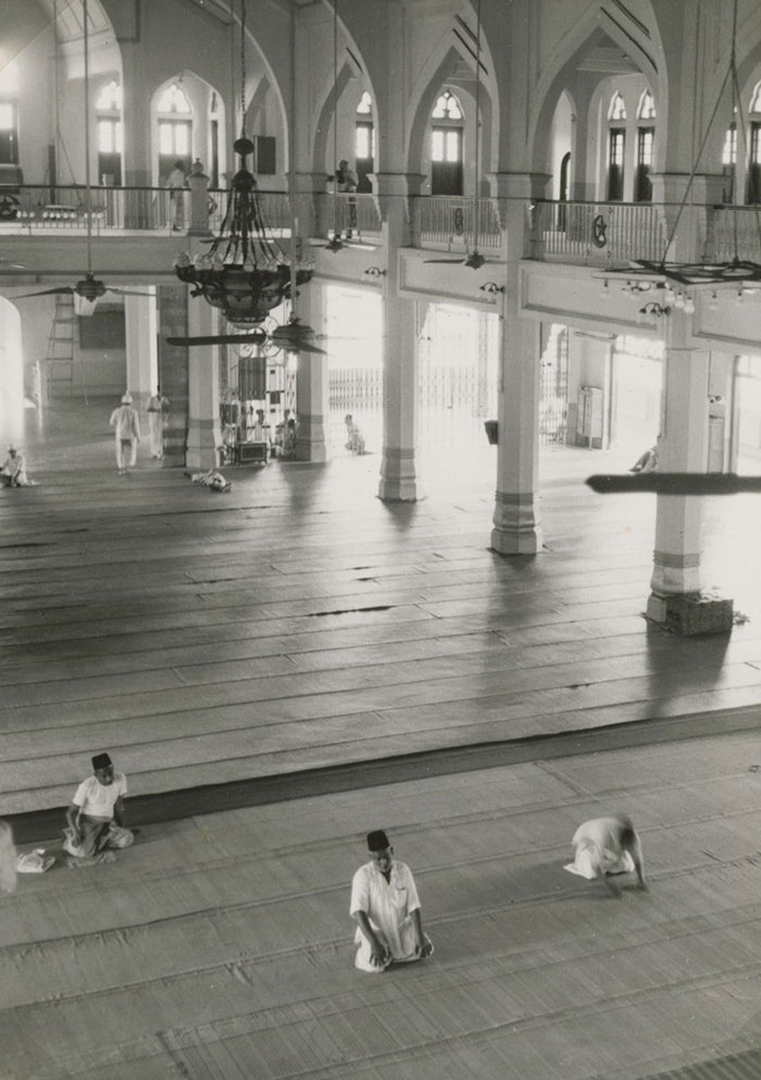 Interior of Sultan mosque, 1954