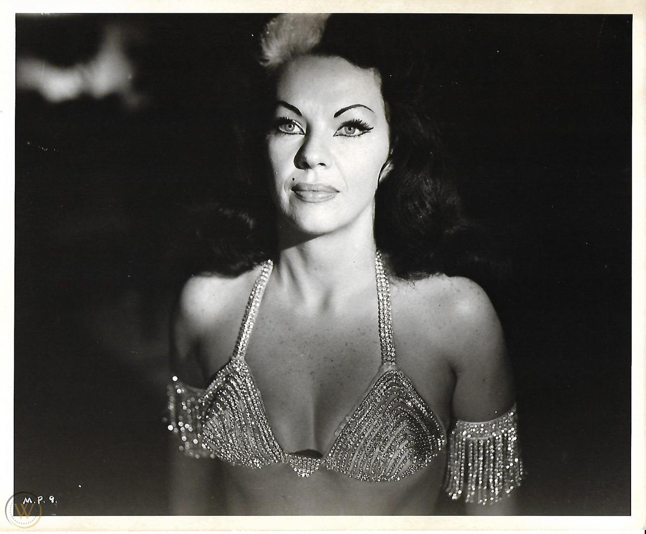 black and white photo of the actress tongolele