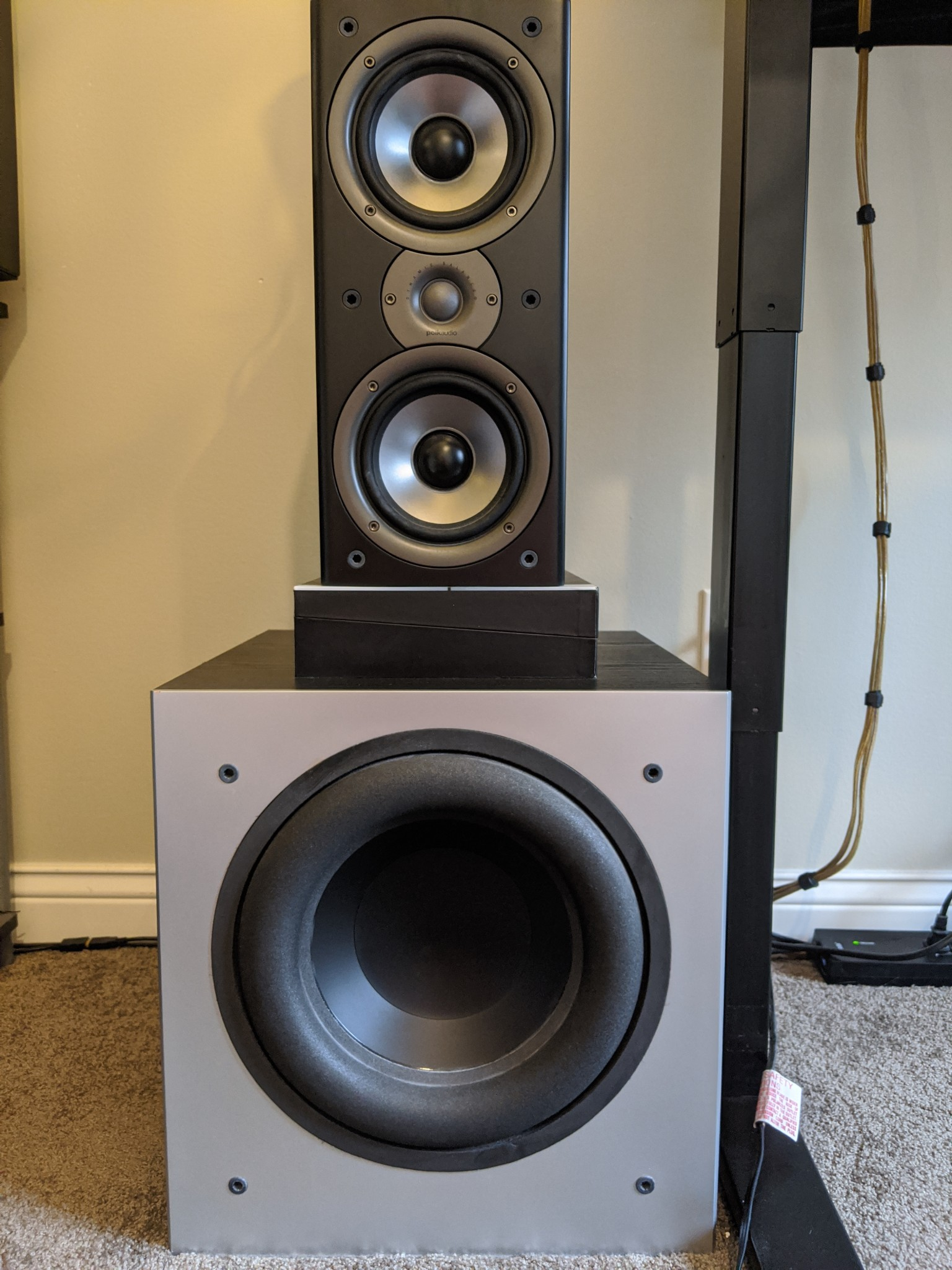 Polk Audio Monitor 40 Series II speaker and Polk Audio PSW505 subwoofer