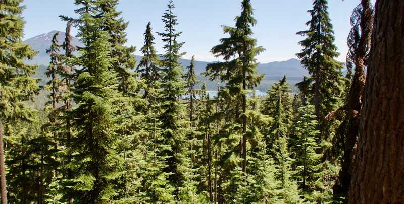 Elk Lake comes into view