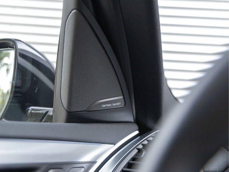 BMW iX3 High Executive - Trekhaak - Direct Beschikbaar! afbeelding 22