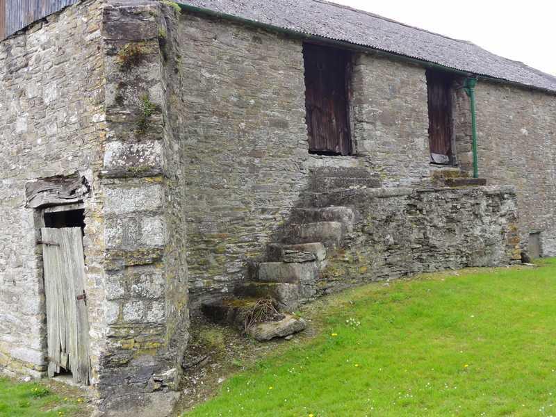 Buttress Wall in SE corner