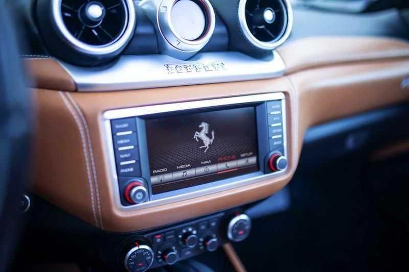 """Ferrari California 3.9 T HELE *Rosso California / Regelb. Sportuitlaat / 20"""" / 2-Tone* afbeelding 11"""