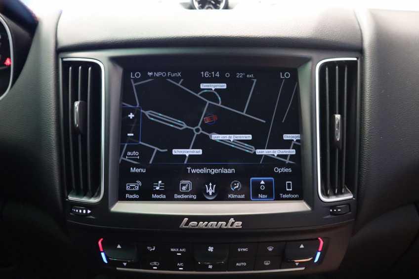 """Maserati Levante 3.0 V6 D AWD STARTECH UNIEK! Panoramadak Diamond Leder Xenon 21""""LM 275 PK! *tot 24 maanden garantie (*vraag naar de voorwaarden) afbeelding 25"""
