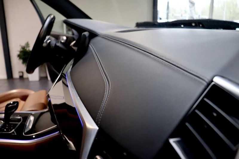 BMW X5 xDrive30d High Ex M-Sport NL|1Eig|22''|Shadow|HuD afbeelding 21