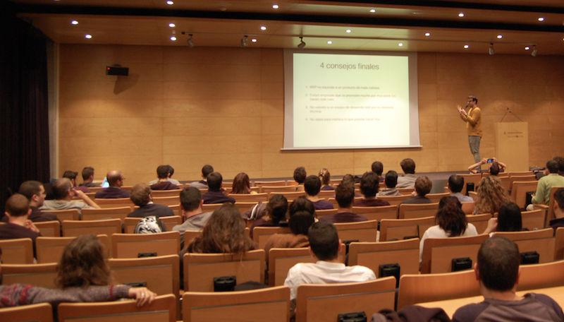 Xavier Redó at Startup Grind BCN