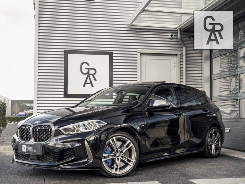 BMW 1 Serie M135i xDrive High Executive afbeelding 2