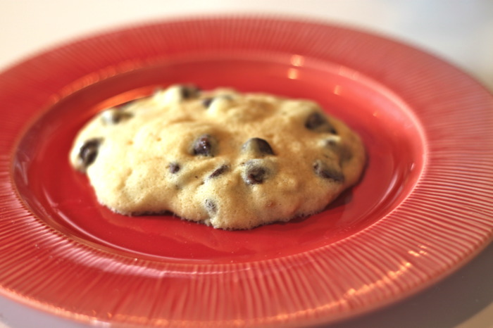 image of microwave chocolate chip cookies