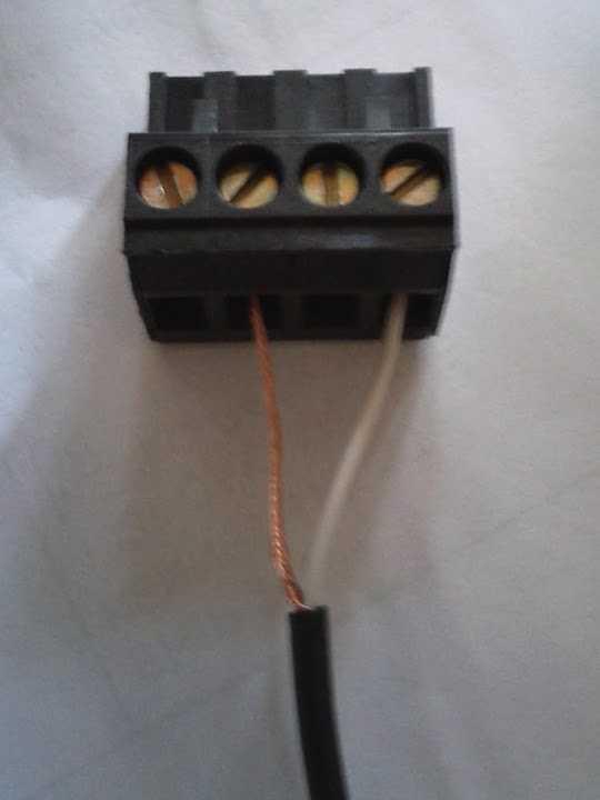 789-44 screw terminal