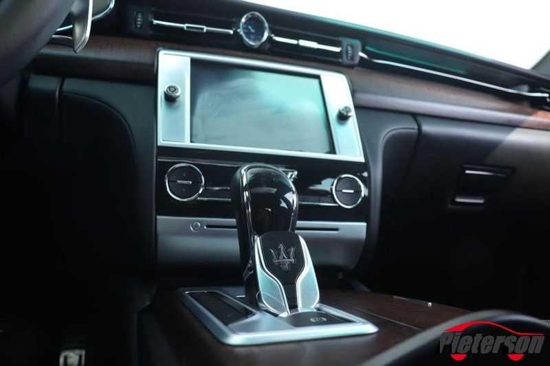 Maserati Quattroporte 3.0 D V6 SCHUIFDAK CAMERA LEDER afbeelding 13