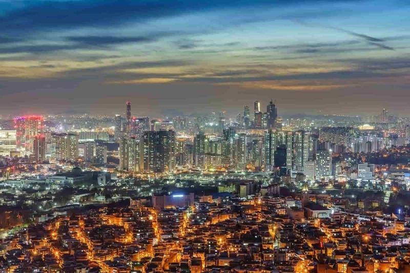 Seoul's Downtown Cityscape