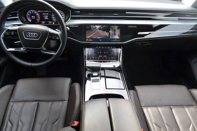 Audi A8 55 TFSI Massage / Head Up / Nachtzicht afbeelding 10