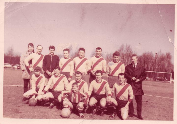Figuur 3: FC Elewijt kampioen 63-64