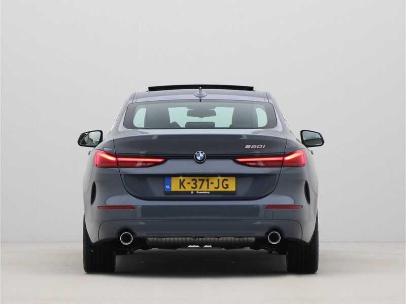 BMW 2 Serie Gran Coupé 220i High Executive Luxury Line Automaat afbeelding 7