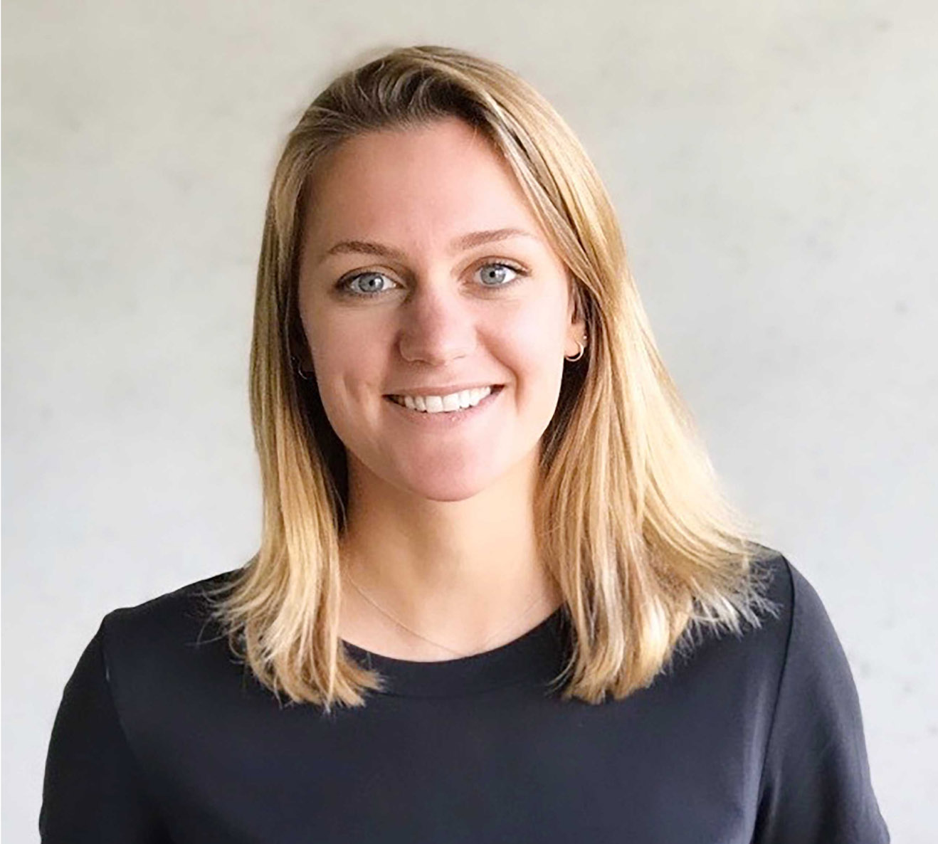 Headshot of Neele, Account Manager at Wunder Mobility.