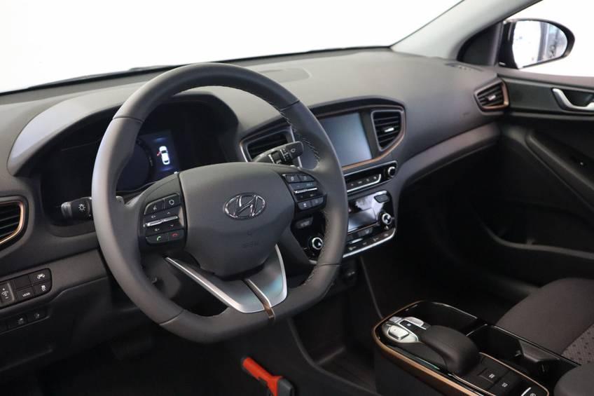 Hyundai IONIQ Comfort EV 4% Bijtelling NIEUW!! 21.116 ex. BTW Navigatie Adaptive-Cruise afbeelding 7